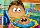 Banho no Bebê Pou